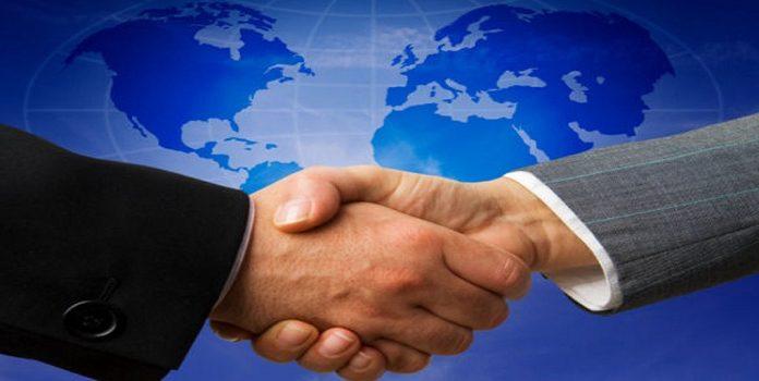 Nhượng quyền thương mại là gì?